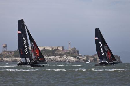 Oracle Racing devant Alcatraz